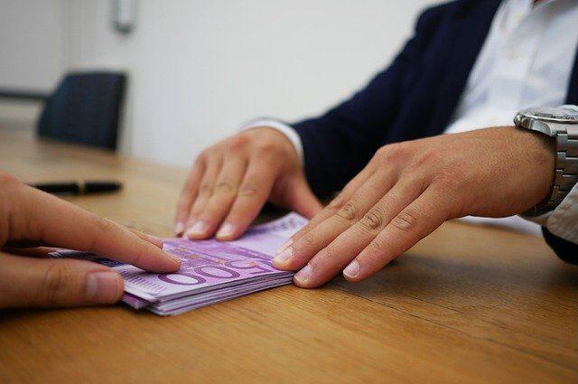 Pierwsza, szybka pożyczka bez prowizji – przez internet