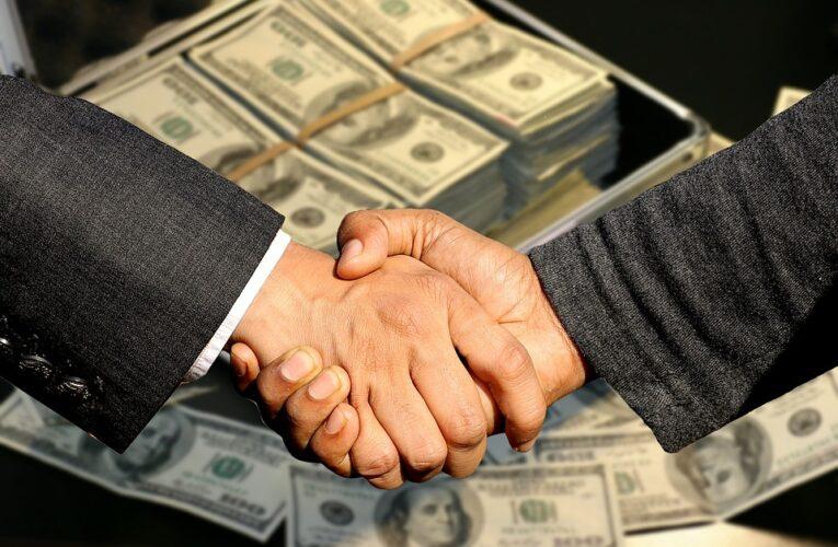 Pożyczki prywatne – czy są lepsze od kredytów bankowych?